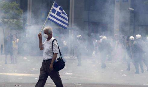 """La Grecia: """"il grande successo dell'euro"""" secondo gli eurocrati"""
