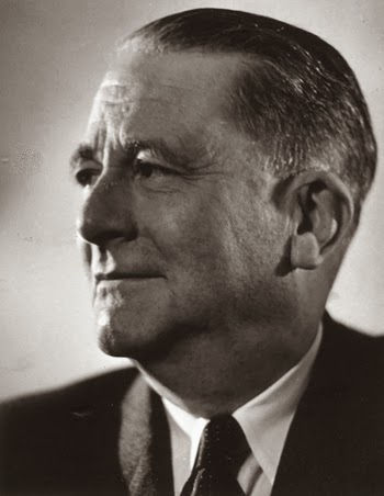 Carl Schmitt Mare Vs Terra…