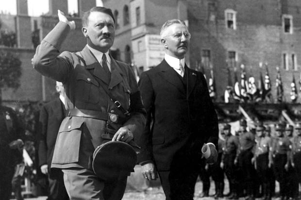 Come Hitler affrontò la disoccupazione e riavviò l'economia della Germania