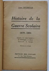 """Frontespizio del libro di Degrelle """"Histoire de la Guerre Scolaire"""" illustrato da Hergé"""
