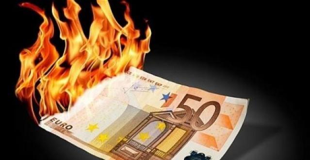 Sintesi per una nuova politica economica e monetaria