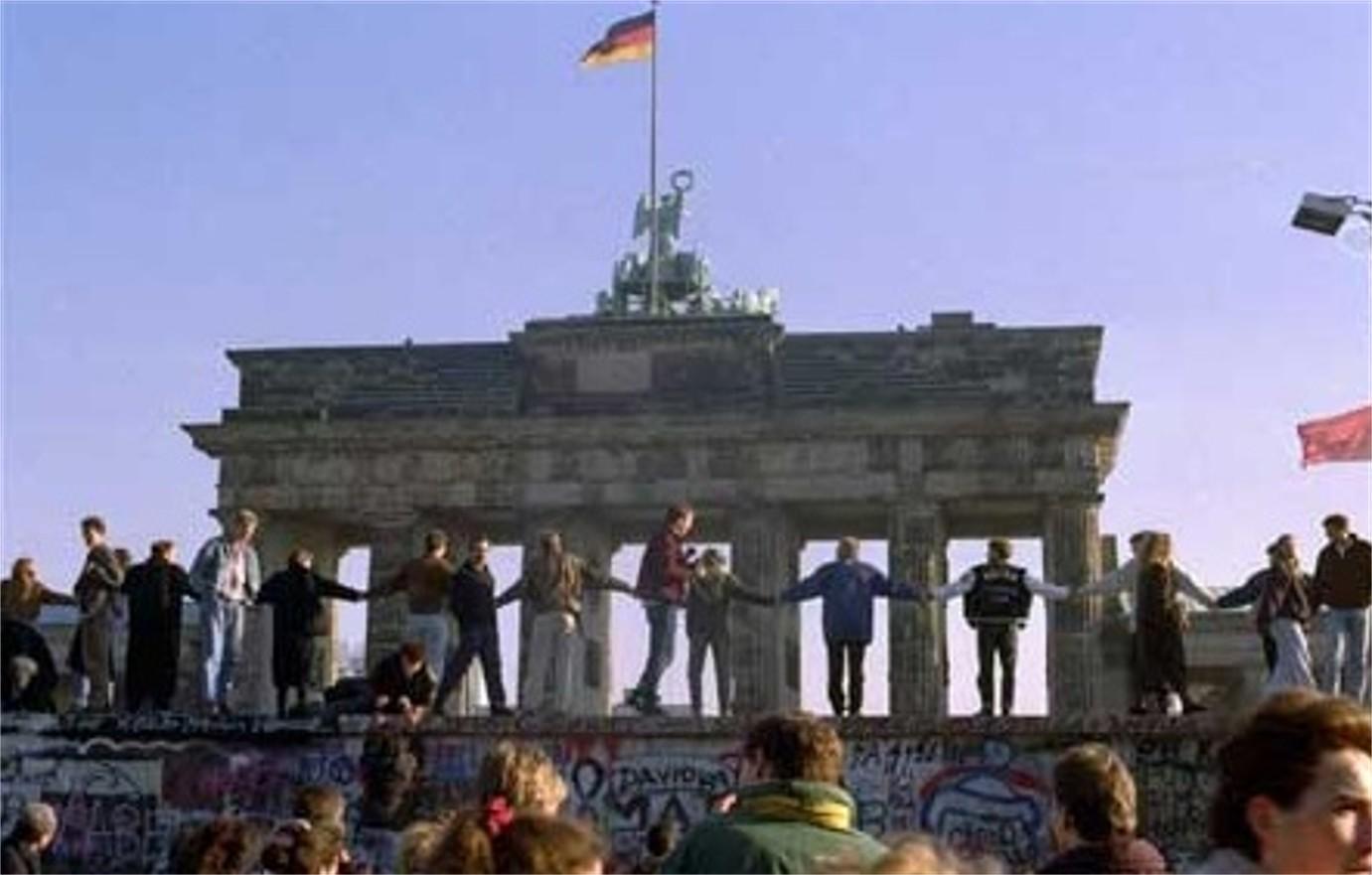 Il muro di Berlino e i debiti della Germania