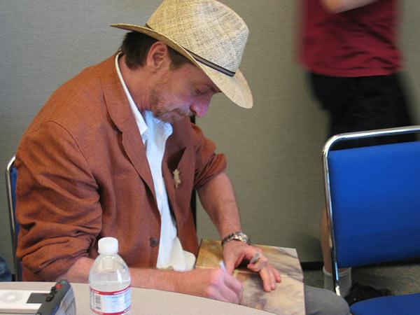 """Frank Miller firma una copia di """"300"""""""