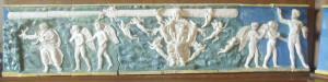 Demogorgone (forse) appare, stringendo serpenti, sul fregio ceramico della Villa Medicea di Poggio a Caiano, in provincia di Prato