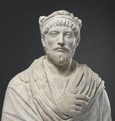 Dedicato a Giuliano parte terza ≈ Unus Deus, Unus Julianus