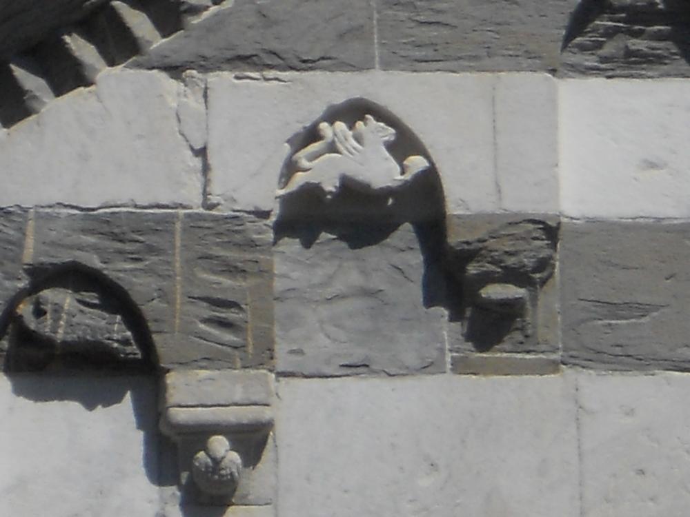 Pegaso nella basilica dei Guelfi