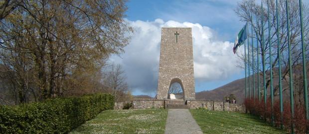 Le verità celate di Sant'Anna di Stazzema (onore e gloria ai partigiani)