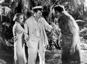 """Ibridi animale-uomo nel film """"L'isola delle anime perdute"""" del 1932, tratto da un romanzo di H.G. Wells"""