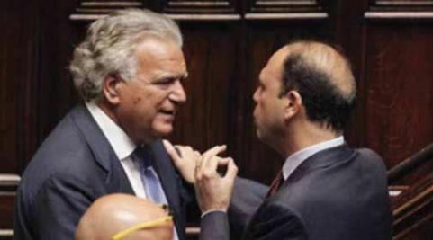 """Alla ricerca del """"centro"""" perduto – Michele Rallo"""