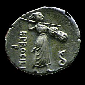 Moneta con immagine della Juno Sospita di Lanuvium armata con lancia e ancile e accompagnata dal sacro serpente (denario di Lucio Procilio 80 a.C.).