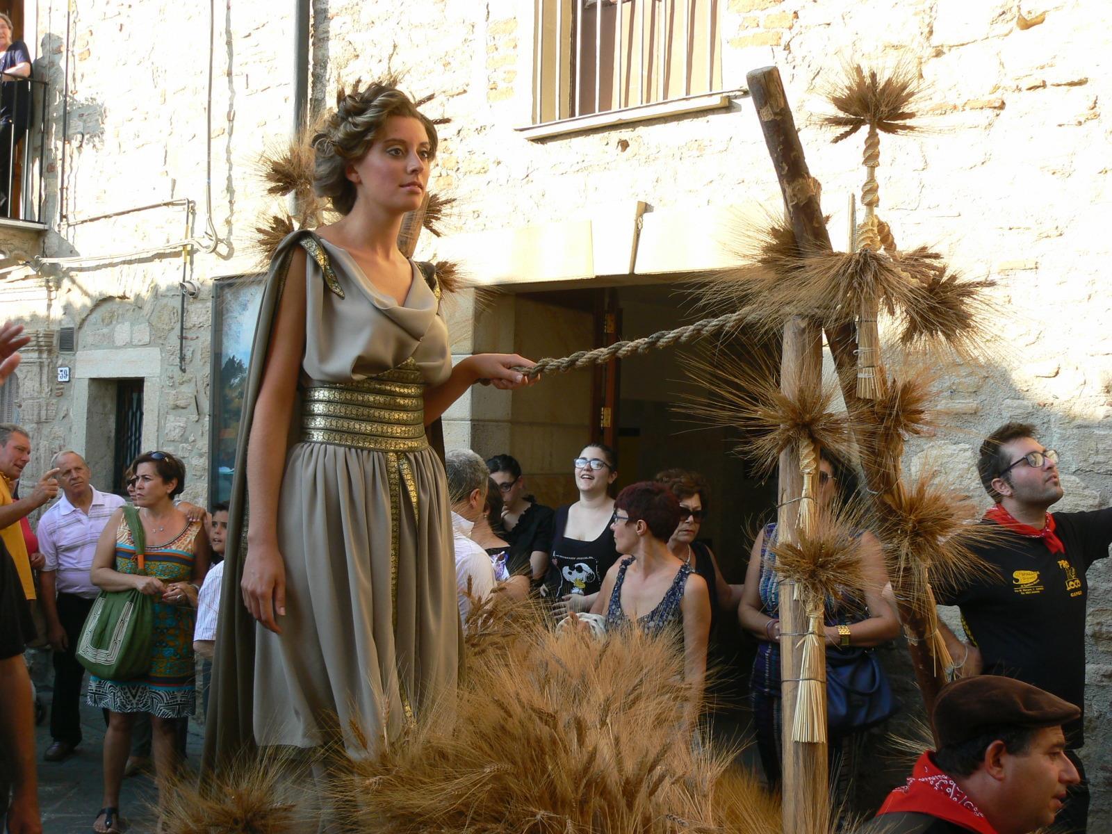 La Sagra della Spiga e il Corteo di Demetra a Gangi a cura di Benedicaria*