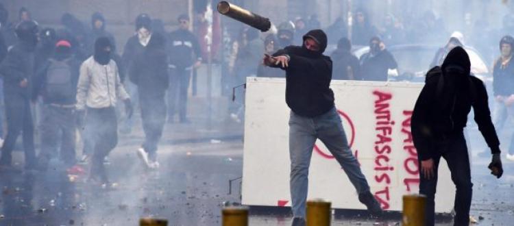 Il canbastardo, la guardia rossa della democrazia a taglia unica – Roberto Pecchioli