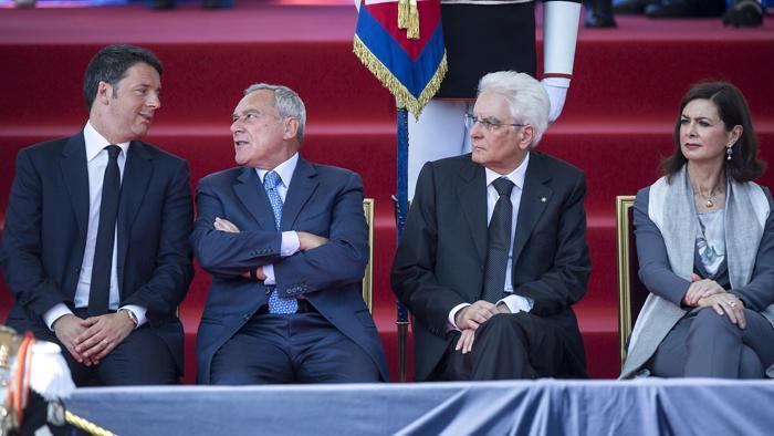 L'Italia non è una repubblica – Roberto Pecchioli