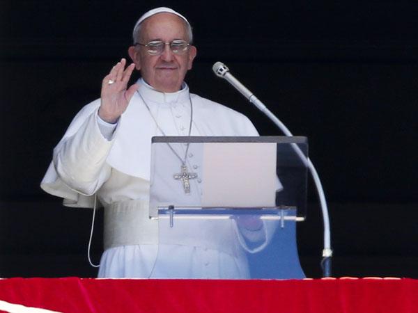 Fratelli in Dio, ma non in torta – Roberto Pecchioli