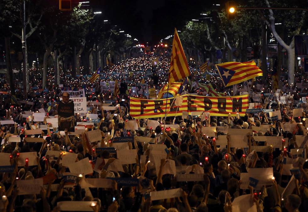 Catalogna e dintorni: Etnonazionalismo o Etnomondialismo? – Umberto Bianchi