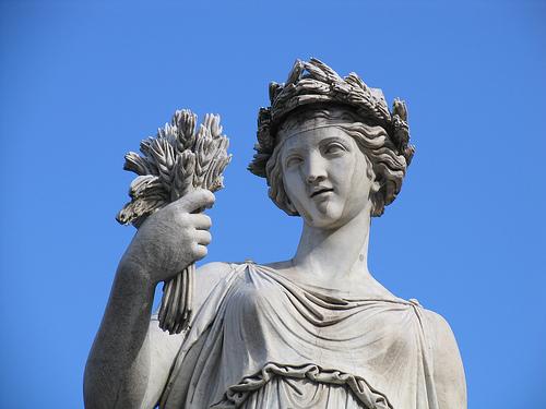 La nobiltà delle donne di Cornelio Agrippa: la donna come portatrice di vita – Daniele Palmieri