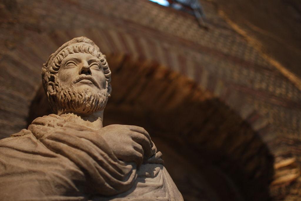 Giuliano l'Apostata, un rivoluzionario al potere – Tommaso Indelli