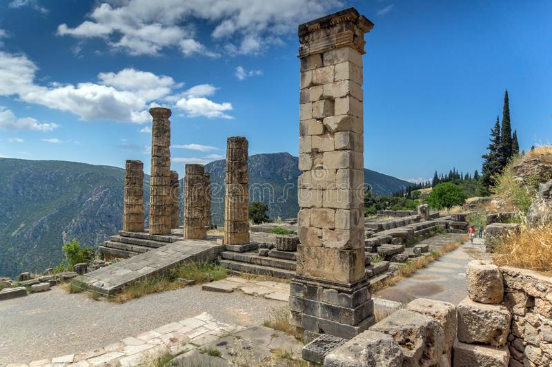 La Grecia come incarnazione di tutta la storia universale – Emanuele Franz