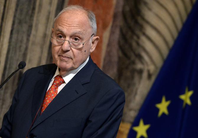 Savona, il piano A ed il debito implicito – Roberto Pecchioli