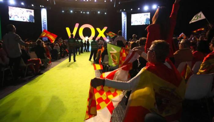 Altri sovranisti. Vox, la Spagna viva –Roberto Pecchioli
