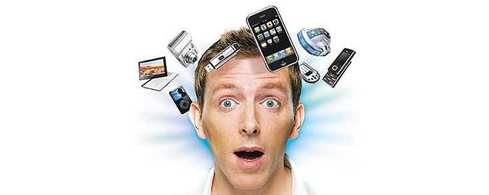 O tempora, o mores: morire di smartphone – Gianfranco De Turris