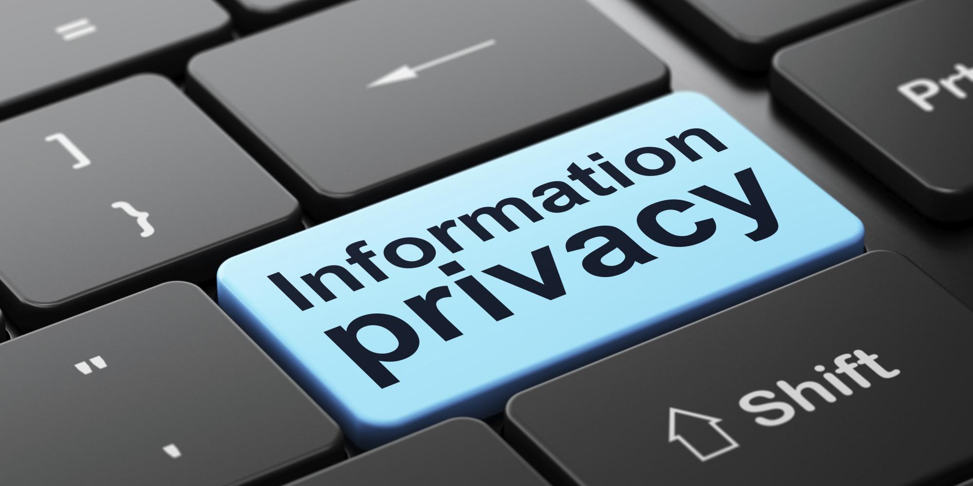 La privacy è una ipocrisia – Gianfranco De Turris