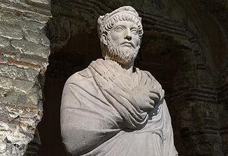 Giuliano, l'ultimo imperatore – Giacomo Rossi