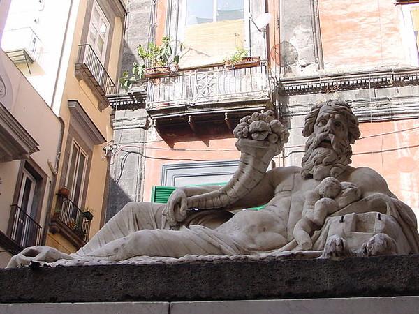 Napoli ed i Riti Egizi: una storia attraverso i secoli – Umberto Bianchi
