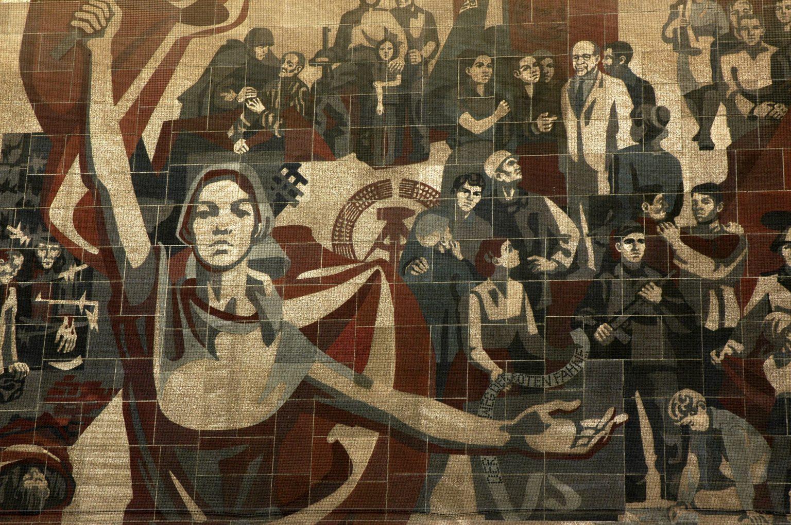 La cultura moderna, arma di distruzione di massa – Roberto Pecchioli