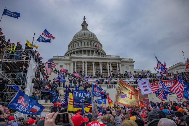 Capitol Hill: quando il popolo si infuria – Umberto Bianchi